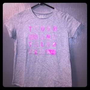 NEW Girls Under Armour Heatgear Loose Fit Tee Med